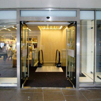 Major London Department Store Oxford Street